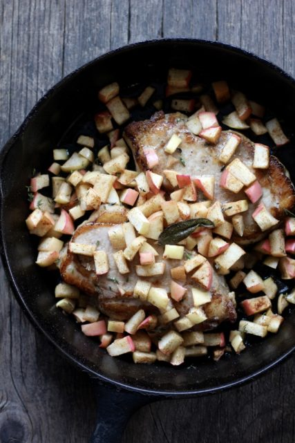 Roasted Pork Chops with Spiced Apples