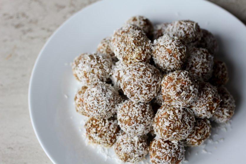 No Bake Carrot Cake Balls Recipe