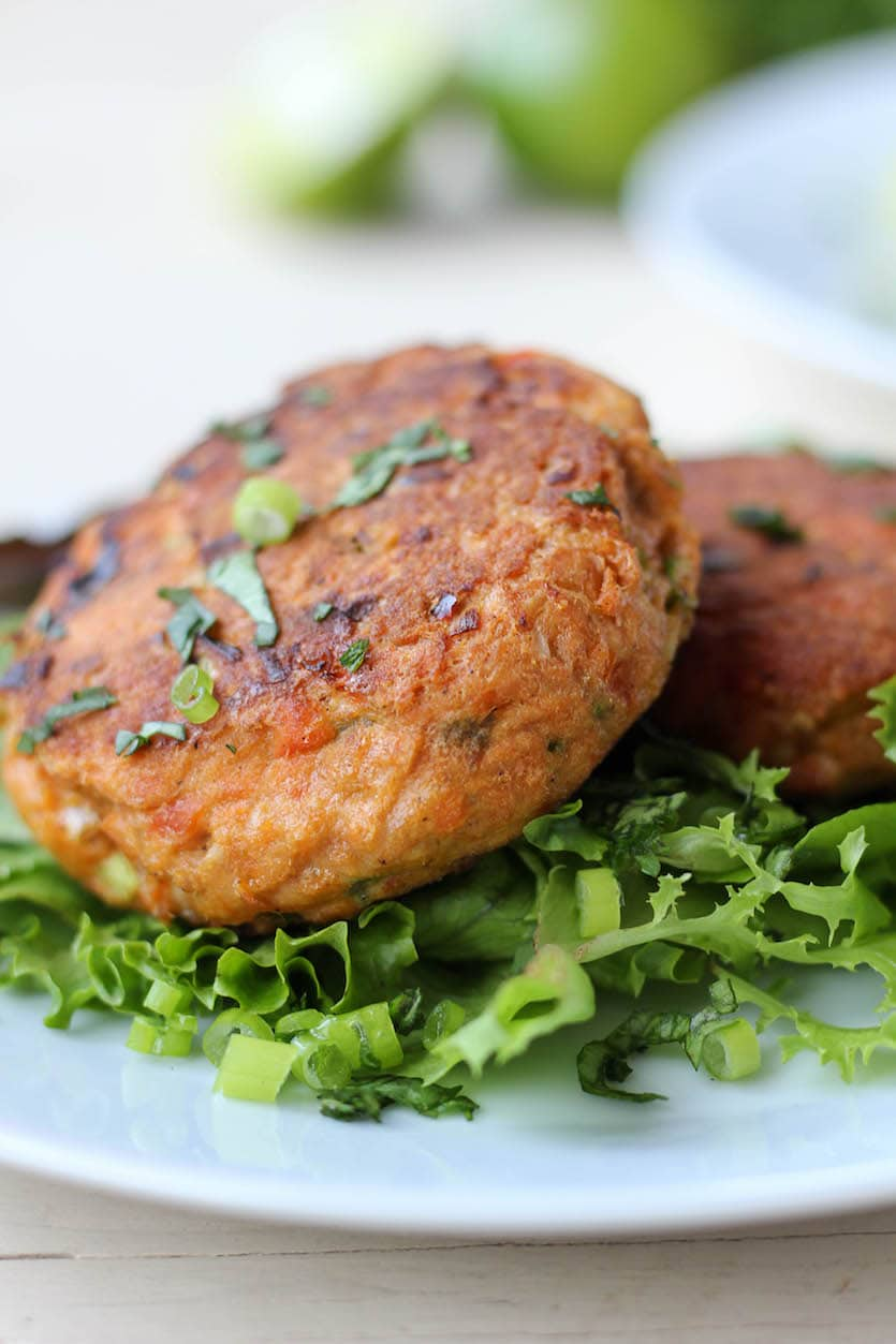 Salmon Fish Cakes Using Canned Salmon