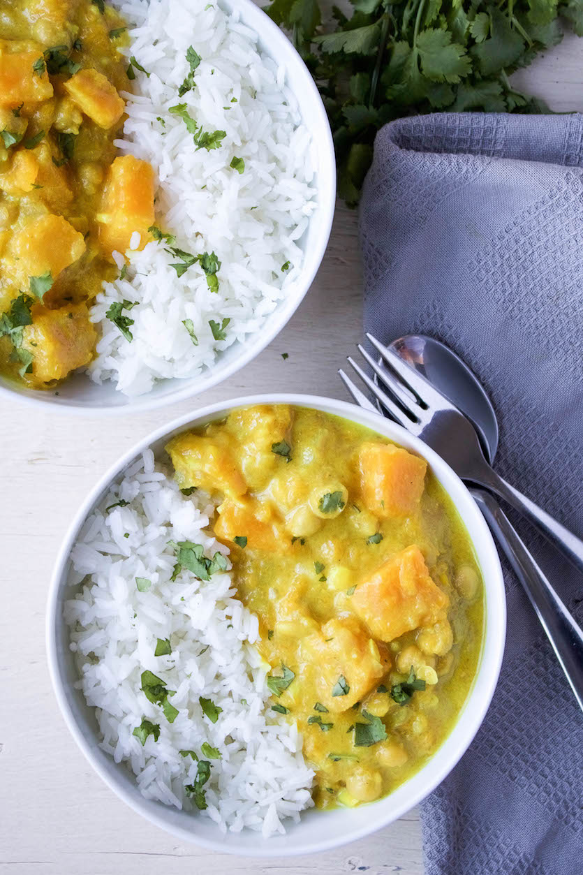 Yellow Squash & Chickpea Curry
